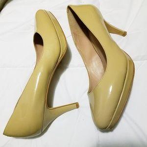 "Vince Camuto patent leather platform 3"" heels"